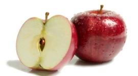 Τα κόκκινα μήλα βοηθούν στη  μέγιστη πρόσληψη οξυγόνου